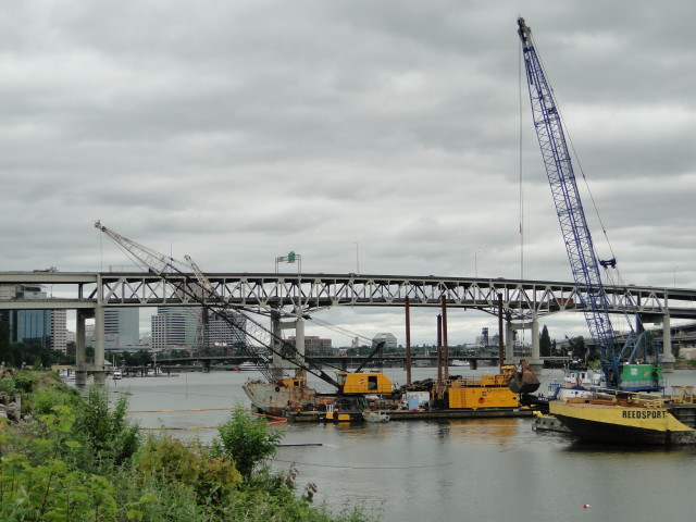 In-Water Construction Begins for Zidell Marine Corporation